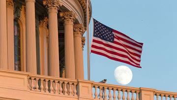 <figcaption>А, может быть, действительно Америка вступила в пору заката? |  AP Photo J. Scott Applewhite</figcaption>