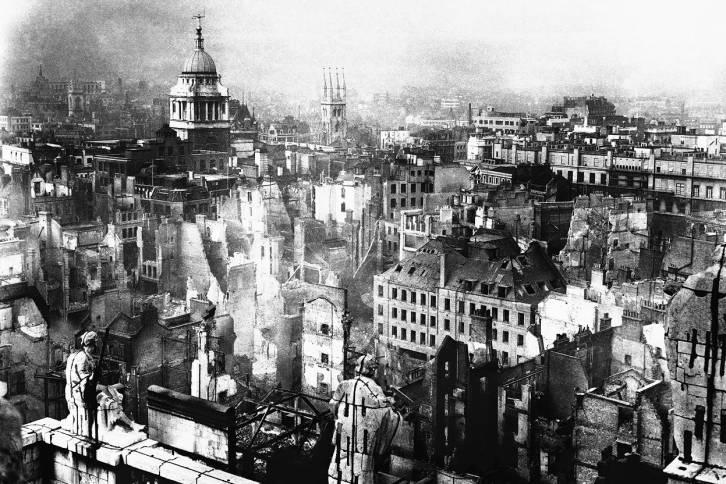 <figcaption>Лондон. Вторая Мировая. Битва за Британию</figcaption>