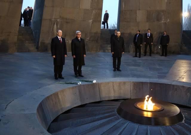 <figcaption>Putin and Serzh Sargsyan at the Armenian Genocide Memorial</figcaption>