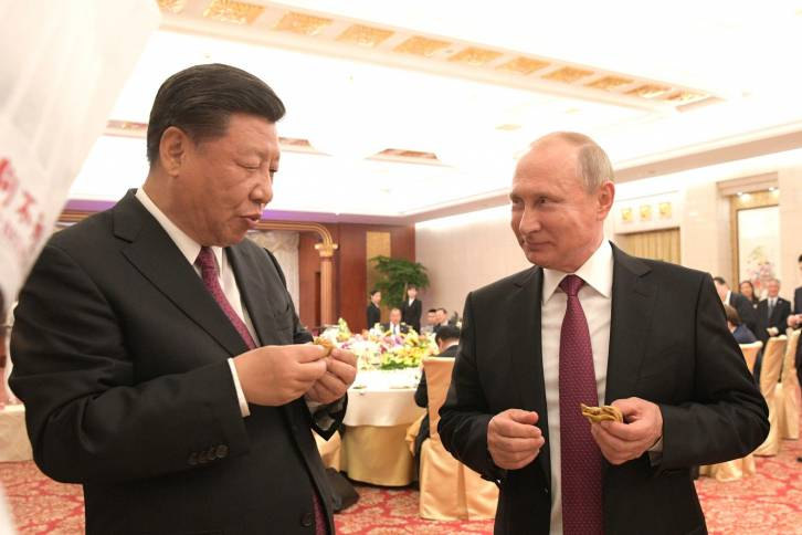 Putin and Xi Top the Shambolic G6+1