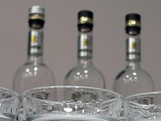 <figcaption>Латвийский депутат предлагает разменять выпивку на закуску | Фото Елена Минашкина</figcaption>