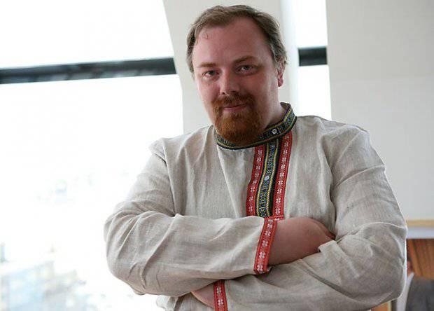 <figcaption>Yegor Kholmogorov</figcaption>