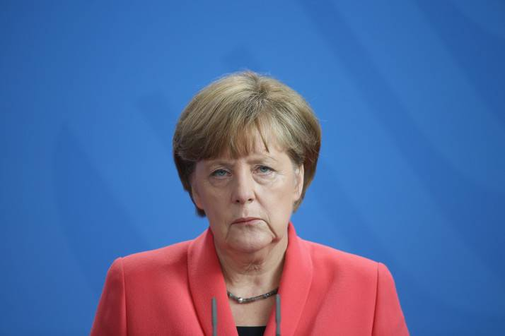 <figcaption>Berlin distances itself from Merkel's Russian fairy tales</figcaption>