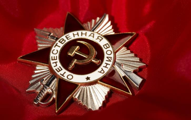 """<figcaption>Given the extraordinary role played by the Soviet Union's """"greatest generation,"""" let us, on this Victory Day, take to heart the famous words written by poet Olga Berggolts: """"Let No One Forget, Let Nothing Be Forgotten""""</figcaption>"""