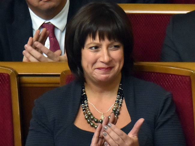 Ukrainian Finance Minister Jaresko leads negotiations with the IMF and Ukraine's creditors