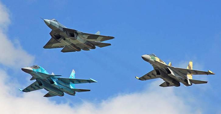 <figcaption>Serious Sukhois, L-R: Su-34, PAK-FA (TA-50), Su-35</figcaption>