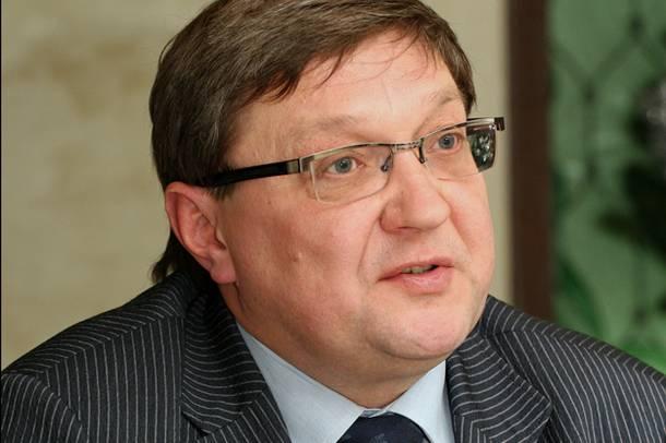 <figcaption>Viktor Suslov</figcaption>