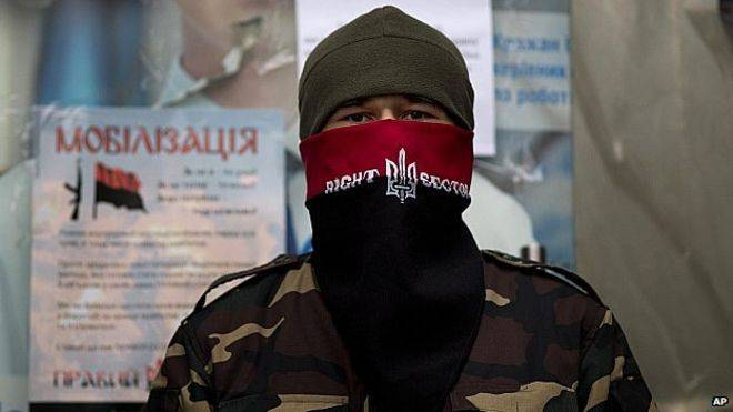 A friendly, democracy-loving Right Sector member
