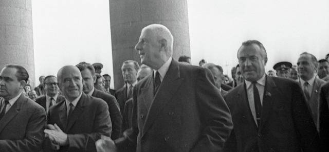 <figcaption>Шарль де Голль в Москве, июнь 1966 года</figcaption>