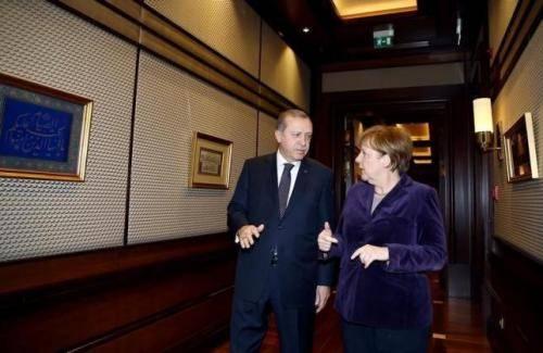 <figcaption>Merkel negotiating with Erdogan</figcaption>