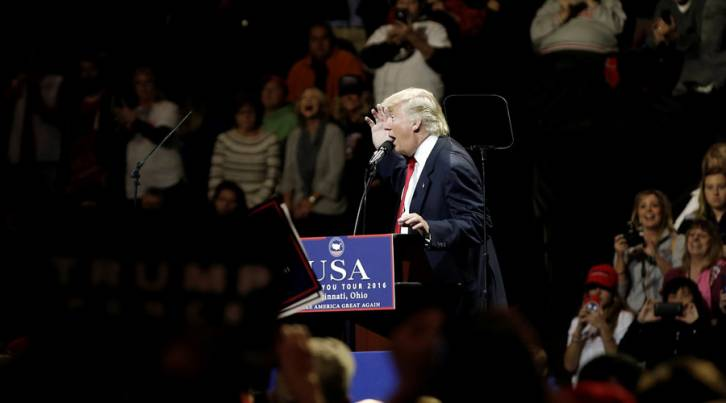 <figcaption>U.S. President-elect Donald Trump speaks at a USA Thank You Tour event at U.S. Bank Arena in Cincinnati, Ohio, U.S., December 1, 2016</figcaption>