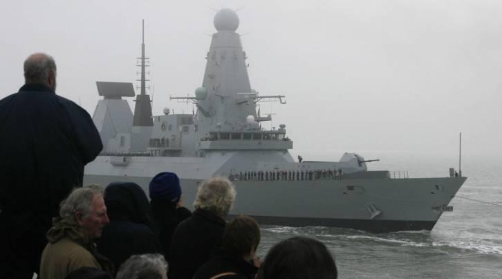<figcaption>The Royal Navy Type 45 destroyer © Luke MacGregor / Reuters</figcaption>