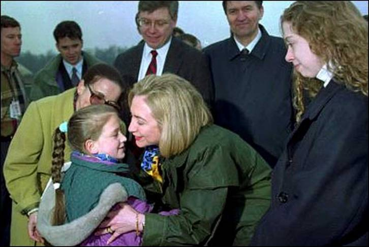 <figcaption>Clinton &#039;dodging sniper fire&#039; in Bosnia, 1996</figcaption>