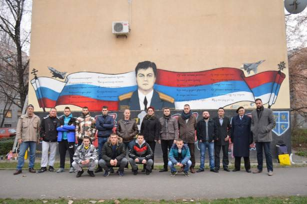 <figcaption>The murals shown here are from the Serbian city of Novi Sad and they have been made in remembrance of Lt. Colonel Oleg Anatolyevich Peshkov, the Russian airman shot down by the Turks over Syria.</figcaption>