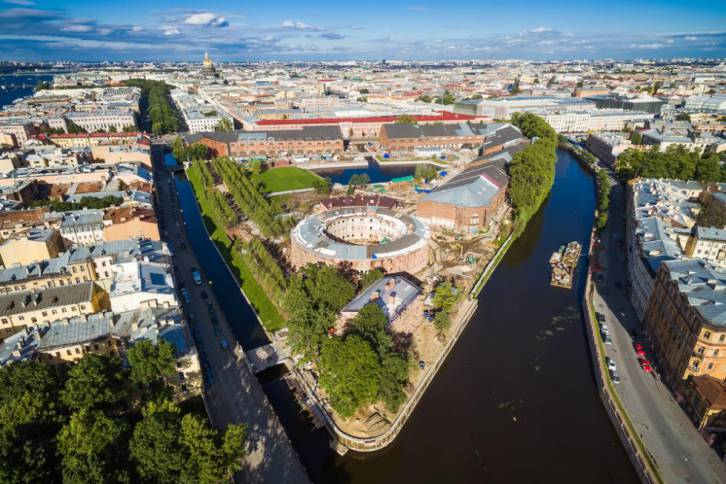 <figcaption>How to have fun, create art and join activities in St. Petersburg's newest park</figcaption>