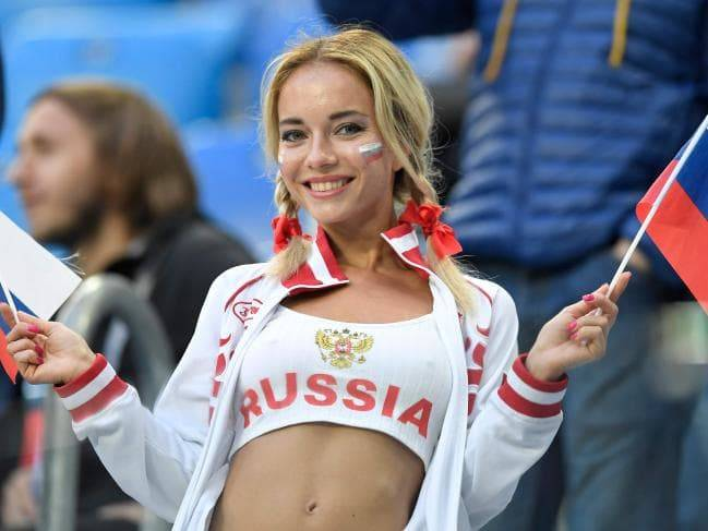 <figcaption>Russians are the world champs of high quality technology at friendly prices</figcaption>