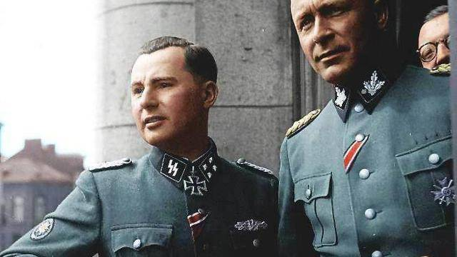 <figcaption>Belgian SS General, Leon Degrelle (Left).  600,000 of the 1 million strong SS were volunteers from all over Europe.</figcaption>