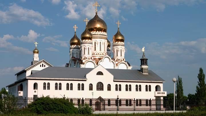 <figcaption>Tolyatti. Transfiguration Cathedral. Photo: www.globallookpress.com</figcaption>