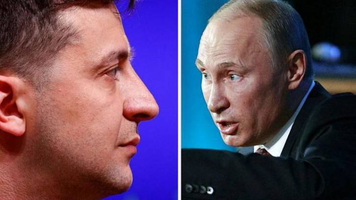 <figcaption>Russian President Vladimir Putin (R) and Ukraine President Volodymyr Zelensky (L) to have first face-to-face encounter in Paris on December 9, 2019 </figcaption>