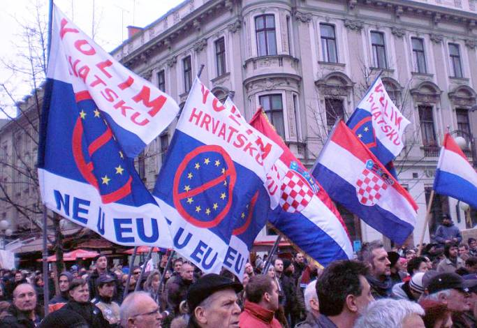 There's No Such Thing as 'Russia Sanctions', EU Sanctions Target EU Citizens