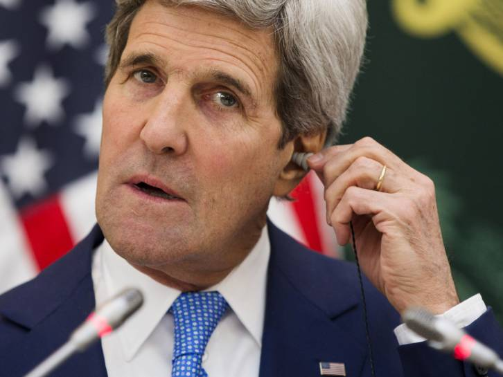 <figcaption>Kerry sought Thursday to ease Gulf Arab concerns about an emerging nuclear deal with Iran and explore ways to calm instability in Yemen and other troubled nations in the Middle East | Photo: AP, Evan Vucci, Pool</figcaption>