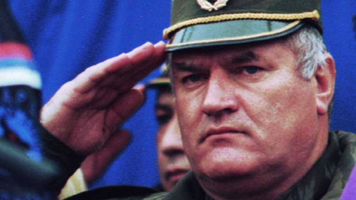 <figcaption>Serb general Ratko Mladic</figcaption>