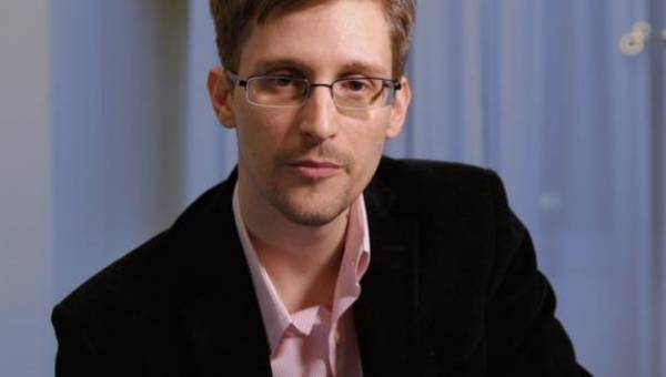 <figcaption>Edward Snowden revealed numerous classified NSA documents in 2013 | Photo: AFP</figcaption>