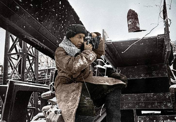 <figcaption>Legendary Soviet photographer Georgi Zelma</figcaption>