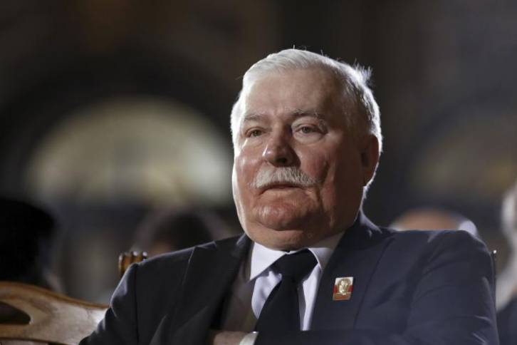 """<figcaption>Earlier this year Walesa called Russia """"a threat"""" and warned that it faced the prospect of """"disintegration it only dared attack a Western country, including Poland.""""</figcaption>"""