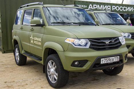 Russian Auto Industry - Page 8 Uaz_patriot_patriot2_468